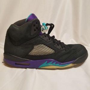 Nike Air Jordans 5 Retro Black Grape size 11.5